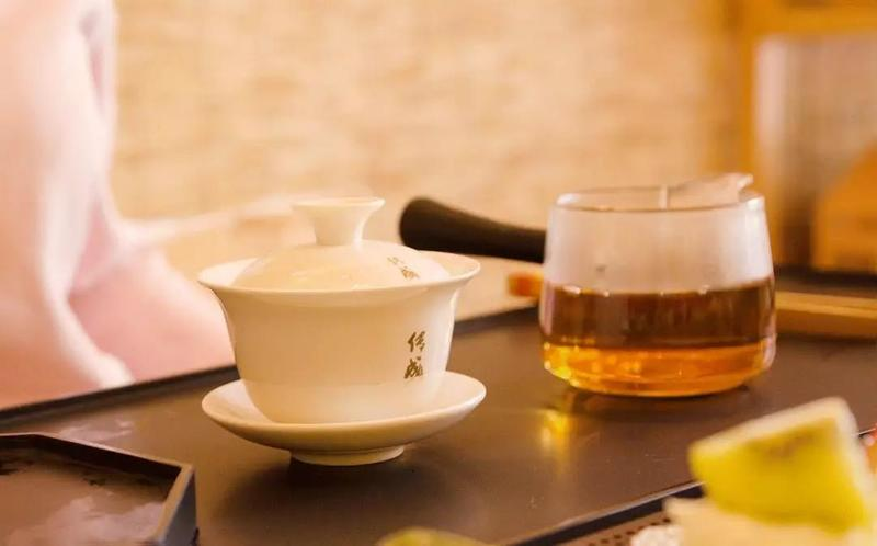 喝什么茶去除体内湿气,体内湿气重喝白茶可以吗?