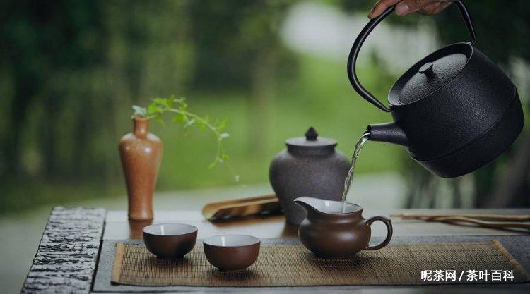 为什么喝茶能让人心静?