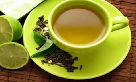 别人倒茶时怎样敲手指,喝茶敲桌子三下还是两下?