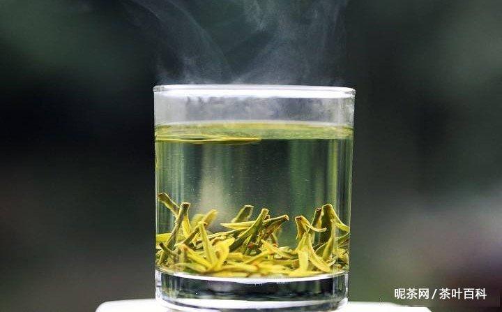龙井泡茶水温,龙井泡茶水温多少度合适?