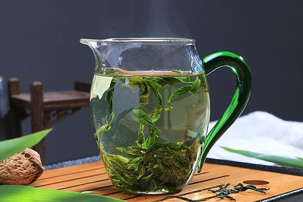 六安瓜片茶的功效和作用(经常喝六安瓜片的好处)