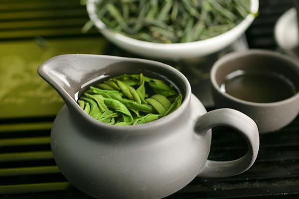 六安瓜片是什么茶类(六安瓜片产地和特点)