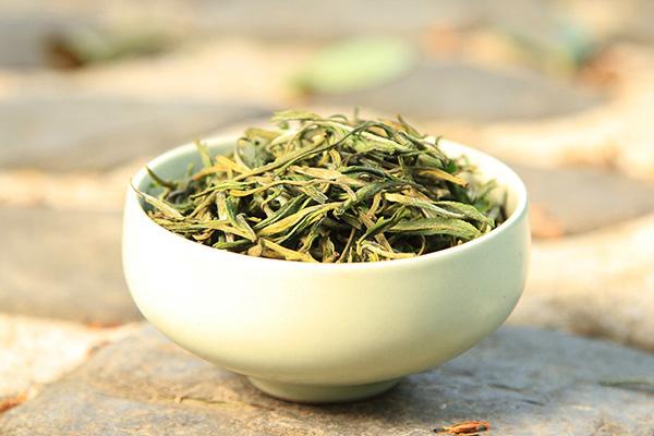 黄山毛峰属于什么茶类?(黄山毛峰怎么分辨好坏)