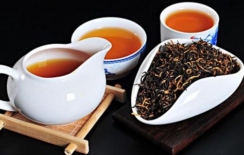 喝红茶对子宫有什么好处(女人能喝红茶吗?女人喝红茶的好处)