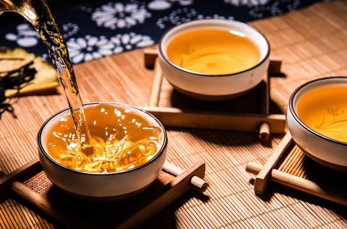 喝红茶有什么好处坏处(红茶的功效与作用)