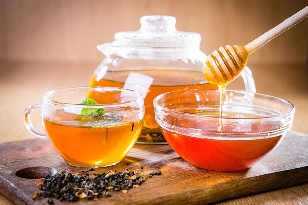 蜂蜜苦丁茶的功效与作用(秋季喝蜂蜜苦丁茶有什么好处)