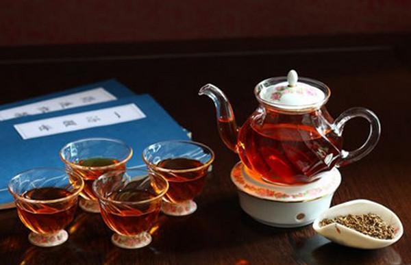 冬季喝红茶好吗(冬季喝红茶有什么禁忌?)