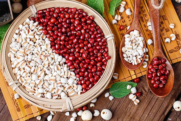 红豆薏米茶有什么作用(红豆薏米茶的功效,隔三差五吃一次)