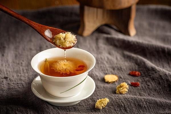 孕妇可以喝菊花茶吗(孕妇喝菊花茶有什么好处)