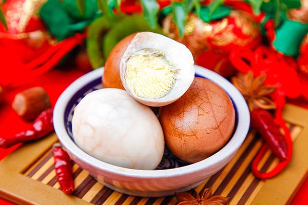 茶叶蛋怎么做才入味又好吃(茶叶蛋的做法及配料)