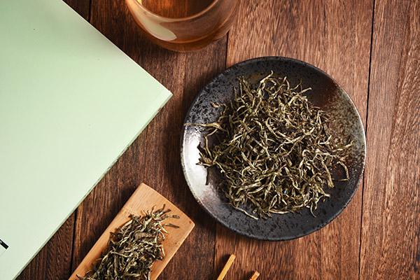 福鼎白茶的功效与作用(常喝福鼎白茶有什么好处)
