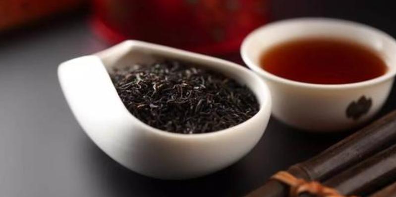 怎样选购黑茶(如何判断黑茶的品质追根究底)