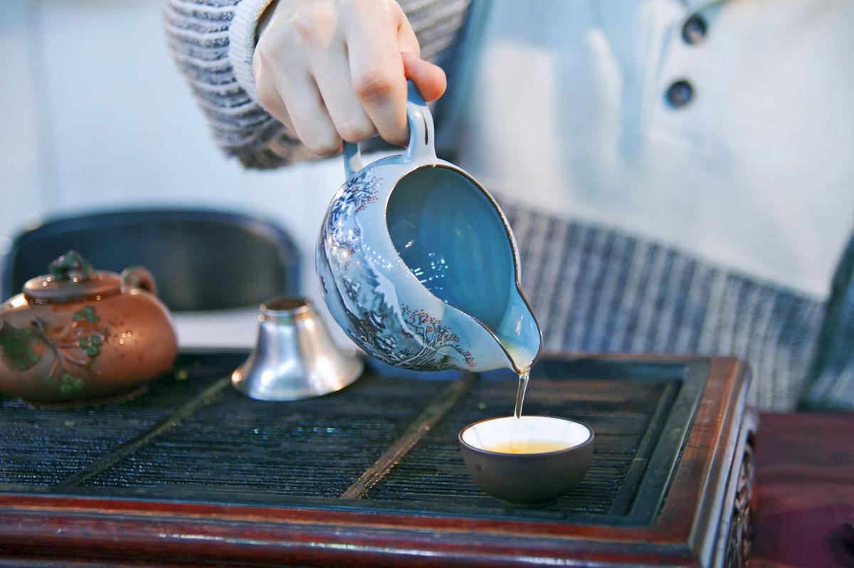 为什么茶叶又苦又涩,几千年来中国人却都爱喝?